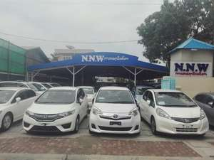 Honda Fit Shuttle Hybrid 2011