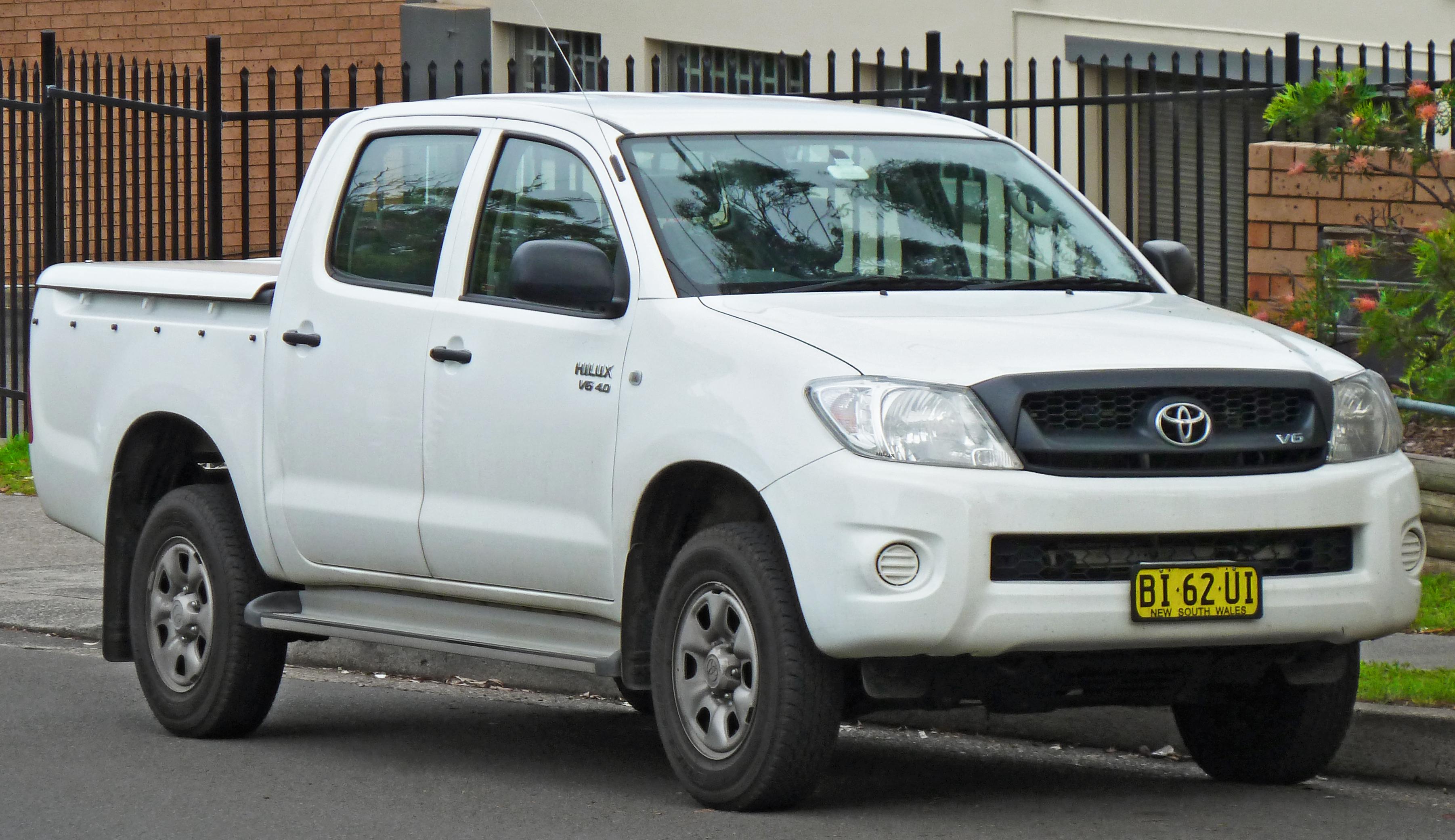 toyota hilux vigo cars  sale  myanmar   carsdb