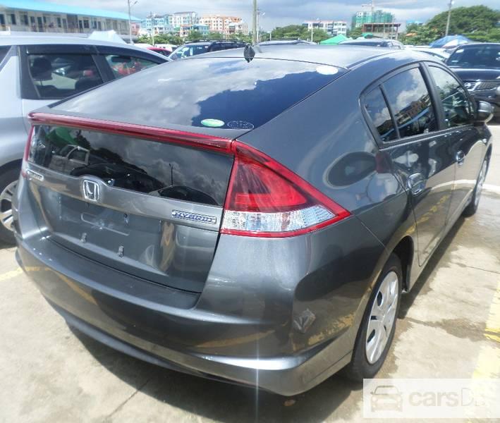 Honda Insight 2012 (#574879) ကို Hlaing ၿမိဳ့နယ္တြင္ေရာင္