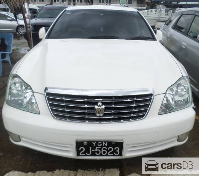 Toyota Crown Royal Saloon 2004 (#575909) For Sale In
