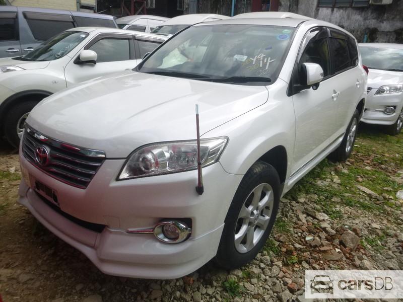 Toyota Vanguard 2012 (#594803) for sale in Kyeemyindaing | CarsDB